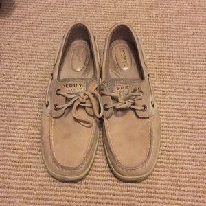 Tan Sperry Topsider boat shoes 6.5
